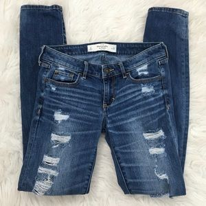 Distressed Skinny Abercrombie & Fitch Jeans